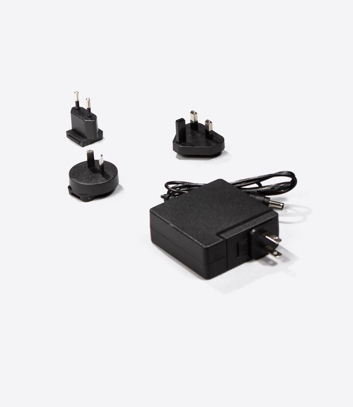 PRO/Elite World Travel Charger